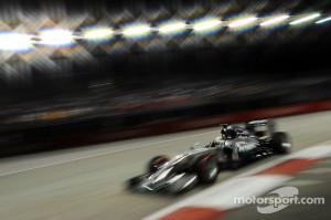 Motor Racing - Formula One World Championship - Singapore Grand Prix - Qualifying Day - Singapore, Singapore