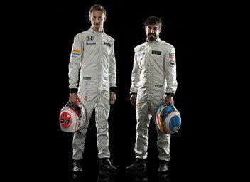 Fernando-Alonso-y-Jenson-Butto_54424103117_51356729138_352_256[1]