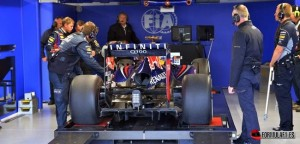 F1-Red-Bull-being-weighed[1]