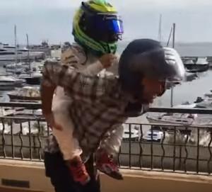 Felipe Massa Prepara A Su Sucesor Felipinho Ya Vence A