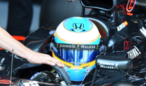 fernando_alonso_casco_box_mclaren