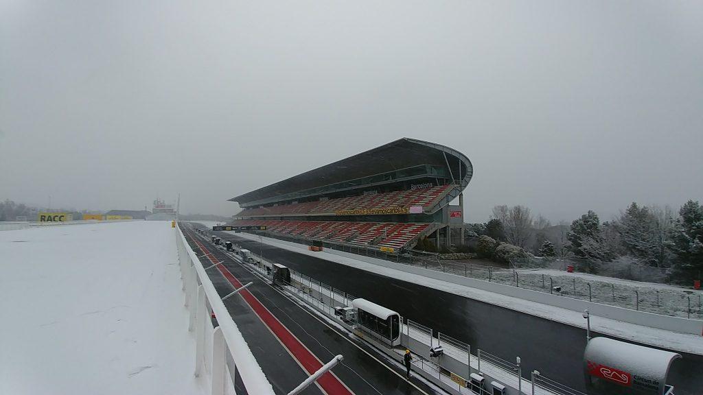 Aspecto nevado del Circuit de Catalunya en el tercer día de test, pretemporada 2018